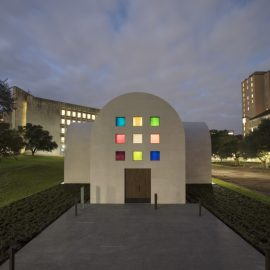 Austin inaugure la chapelle d'Ellsworth Kelly