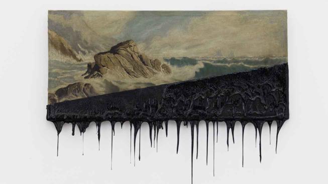 Minerva Cuevas, Horizon II, 2016, huile sur toile trempée dans le goudron, 55 x 71 cm -M. Cuevas, galerie Kurimanzutto, Mexico City/New York